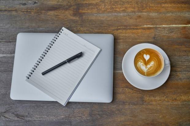 debuter-en-tant-que-traducteur-conseils-esprit-freelance