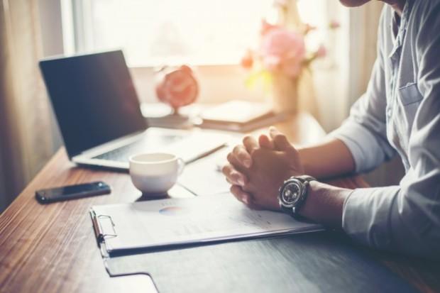 freelance-avantages-inconvenients-accepter-nimporte-quel-projet